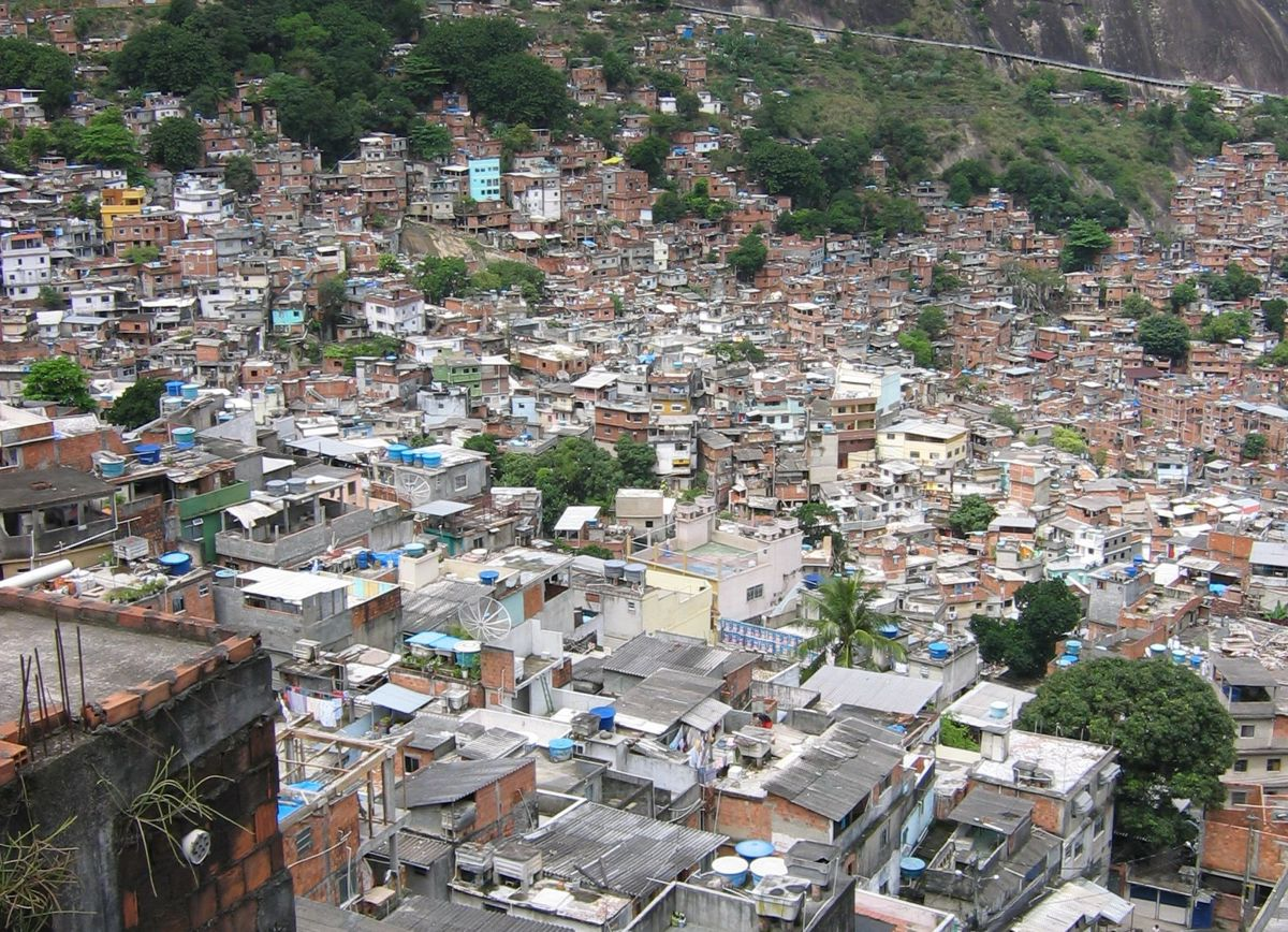 the real slums of the world 12 striking pictures from the tallest slum in the world andrew cawthorne and jorge silva  the 2013 episode includes shots of the real tower and has a scene where a gang tosses a thief off the .